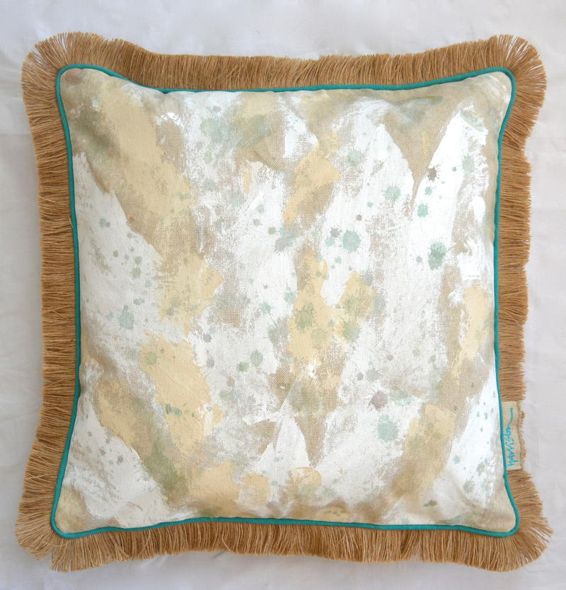 WHITEWASH PILLOW II