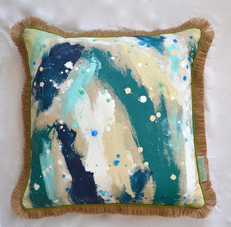 DROP IN THE OCEAN PILLOW II