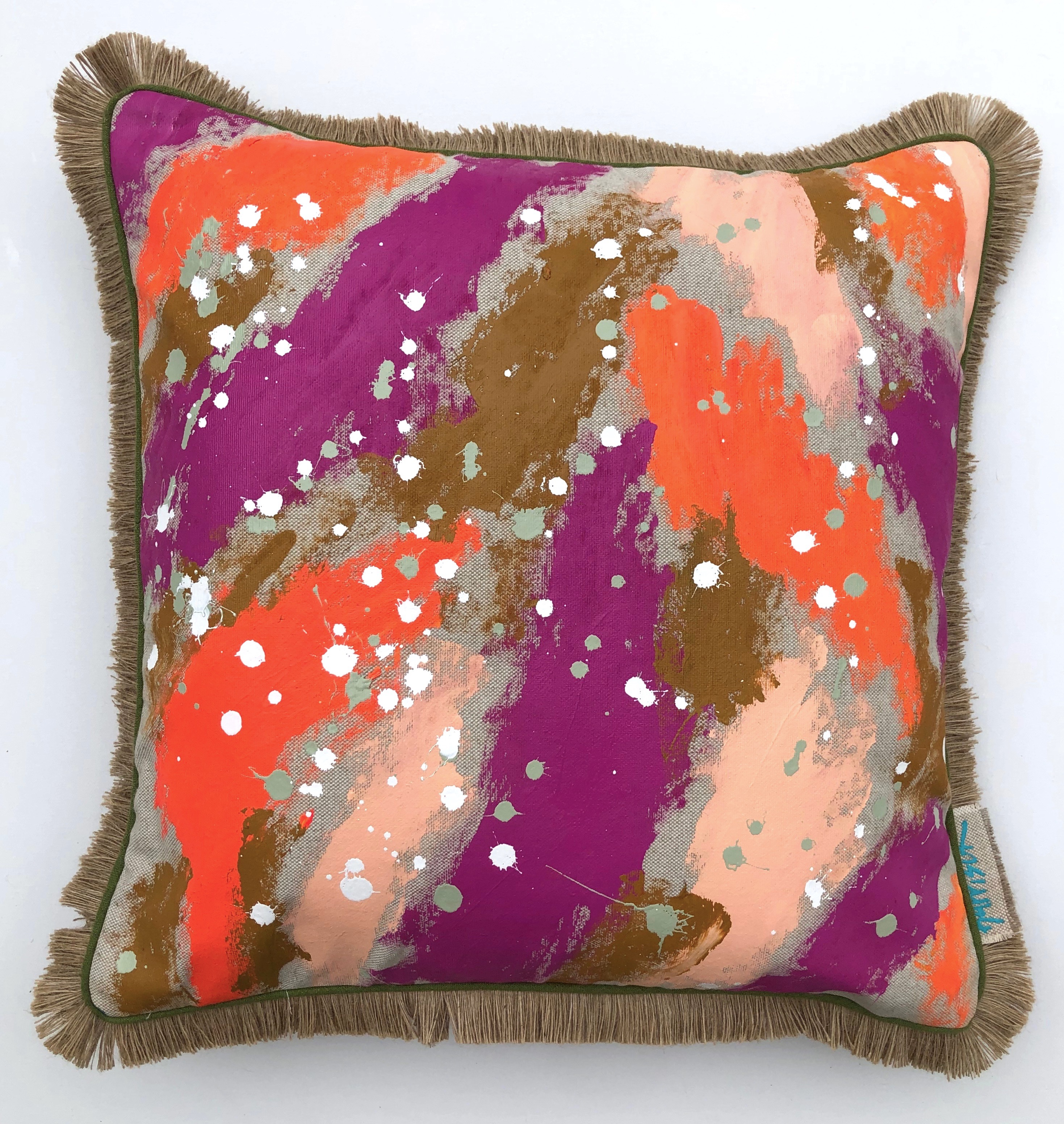 HUSTLE AND BUSTLE PILLOW I